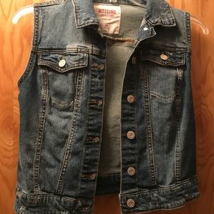 Mossimo jean vest with slightly distressed look